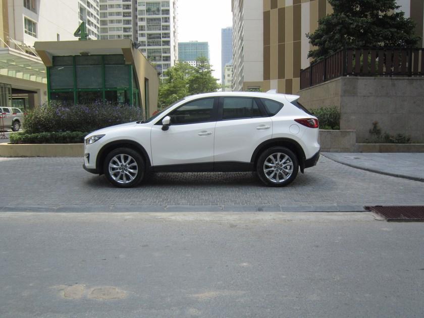 Xe Mazda CX 5 đời 2014, màu trắng