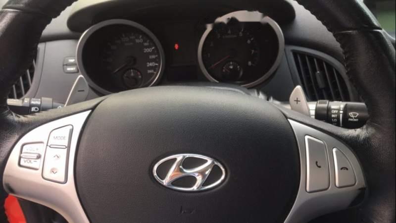 Bán Hyundai Genesis 2009, màu đỏ, nhập khẩu