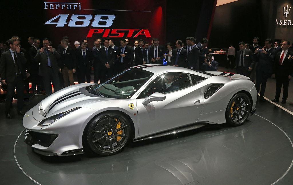 Những động cơ xe hơi tốt nhất năm 2019: V8 3.9L biturbo của Ferrari giành vị trí quán quân 2a