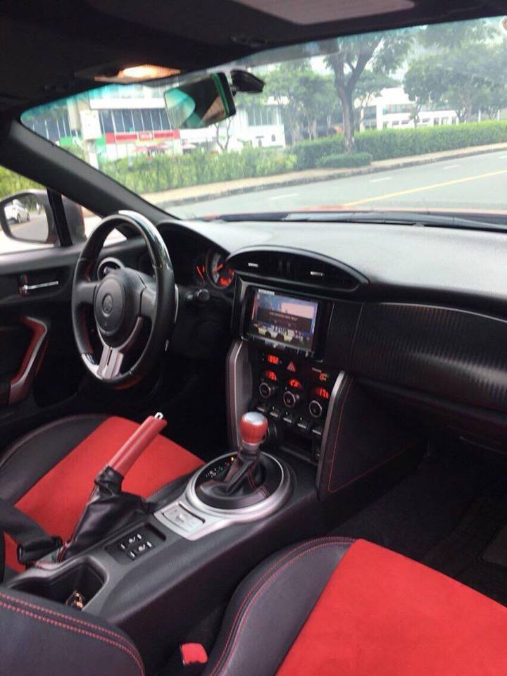 Bán Toyota 86 hai cửa tự động 2012, màu cam đỏ