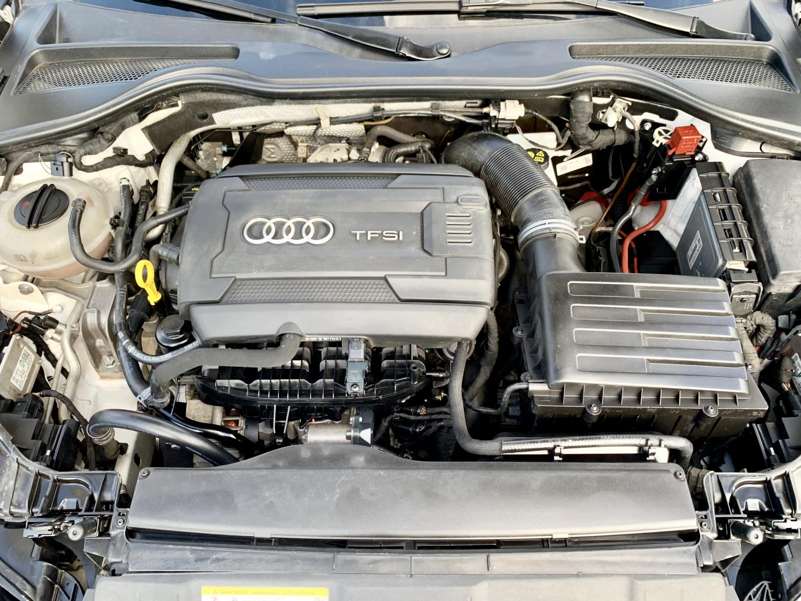Audi TT Sline 2016, 2 cửa, 4 chỗ loại cao cấp, hàng full đủ đồ chơi