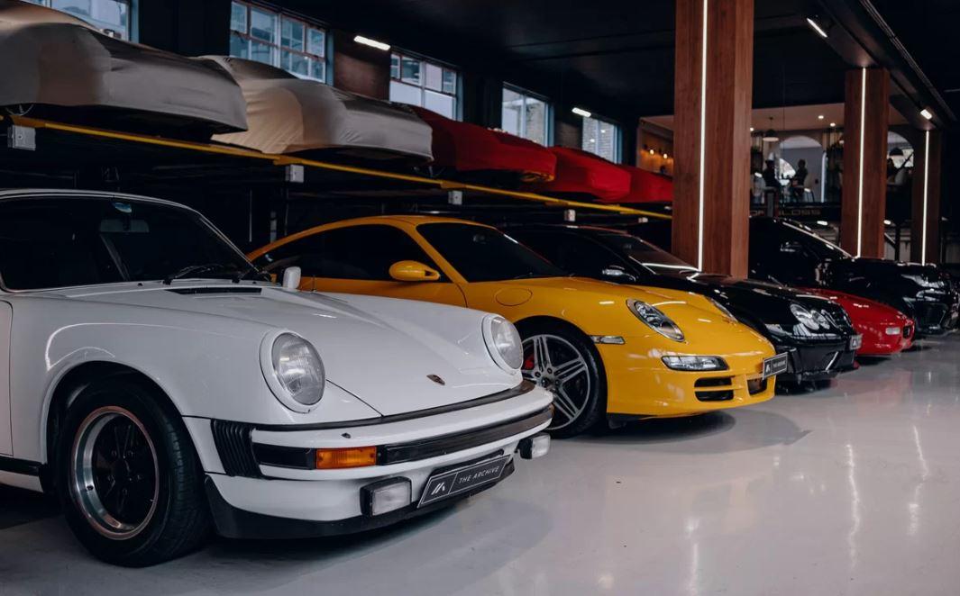 Garage của giới nhà giàu khiến nhiều phát sốt 8a