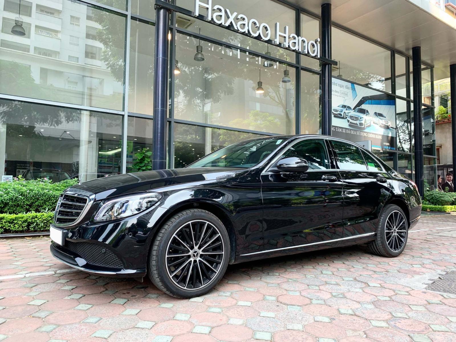 Bán Mercedes C200 Exclusive 2019 Siêu lướt rẻ hơn mua mới 180tr