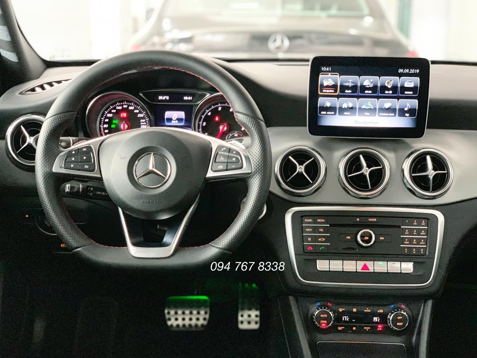 Bán Mercedes GLA250 2019 Siêu lướt chính chủ biển đẹp