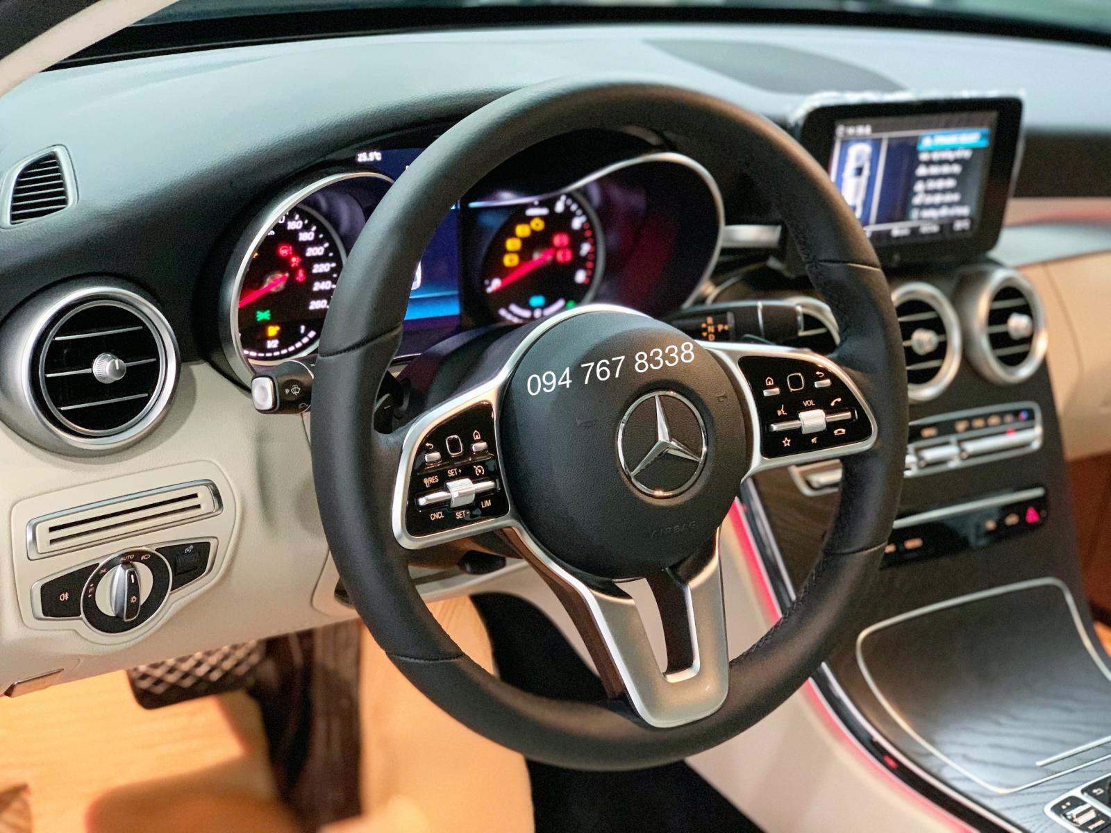 Cần bán Mercedes C200 2019 màu Xanh chính chủ biển đẹp giá cực tốt