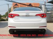 Cần bán xe Hyundai Sonata 2.0 đời 2015, màu trắng, xe nhập giá 999 triệu tại Đà Nẵng