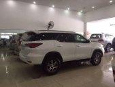 Bán xe Toyota Fortuner 2.4G 4x2 MT đời 2017, màu trắng số sàn giá 1 tỷ 150 tr tại Hà Nội