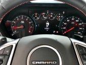 Cần bán lại xe Chevrolet Camaro RS năm sản xuất 2017, màu đỏ, nhập khẩu giá 2 tỷ 350 tr tại Tp.HCM