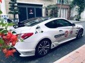 Chính chủ bán xe Hyundai Genesis 2.0 Turbo 2010, màu trắng, xe nhập, full options giá 565 triệu tại Tp.HCM