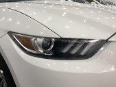 Cần bán xe Ford Mustang sản xuất 2017, màu trắng, nhập khẩu nguyên chiếc giá 2 tỷ 200 tr tại Tp.HCM