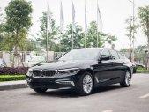Bán xe BMW 5 Series 530i 2019, màu đen xe nhập khẩu chính hãng mới 100%. Giảm ngay 150 triệu đồng tiền mặt, hỗ trợ vay giá 3 tỷ 69 tr tại Tp.HCM